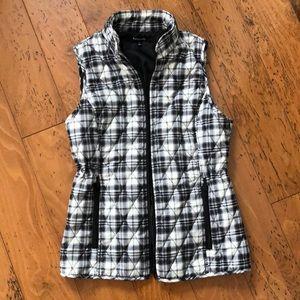 Relativity vest with adjustable waist 😍